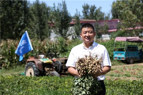 """【郑领袖·第19期】李国建:倡导绿色增产理念 保障粮食健康安全 体悟一瓶增产药带来的""""中国梦"""""""