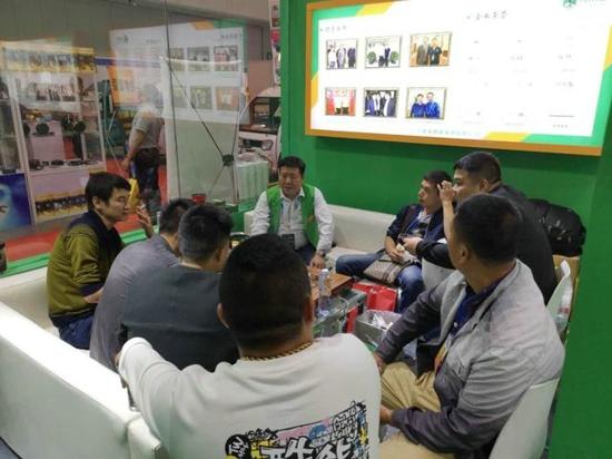 6省代当场签约、超200代理预合作 揭秘充帮主充电器赢战南京展