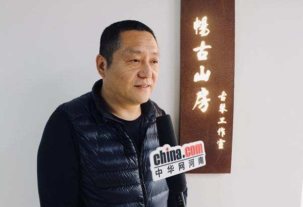 【守艺中华】王栋:三年斫一琴 千年古琴梦