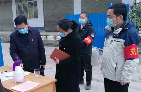 """正阳县永兴镇党委书记管霞:""""疫""""线女书记的""""硬核""""担当"""