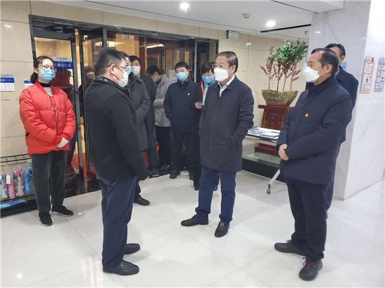 郑州市绿都广场写字楼防疫复工两不误 获市政协、管城区委领导点赞