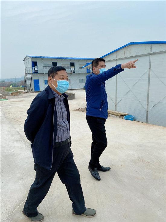 河南护理职业学院院长郭茂华莅临郑州医药专修学院新校区考察指导工作