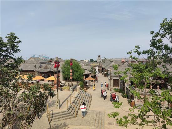 觅庭参与建设建业电影小镇仿古建筑 竹桂园集团考察并点赞!